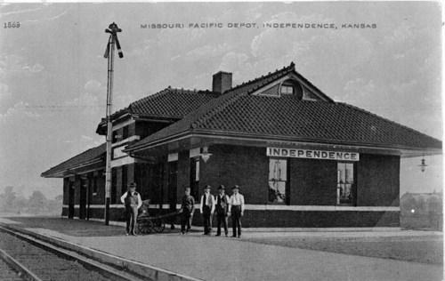 Missouri Pacific Railroad depot, Independence, Kansas - Page