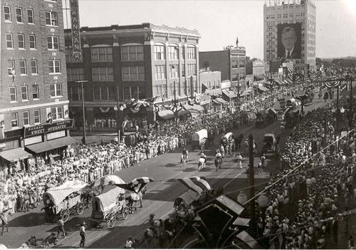 Landon Notification Day Parade - Page