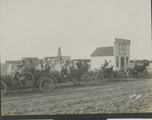 Land buyers visit Satanta, Haskell County, Kansas - Page