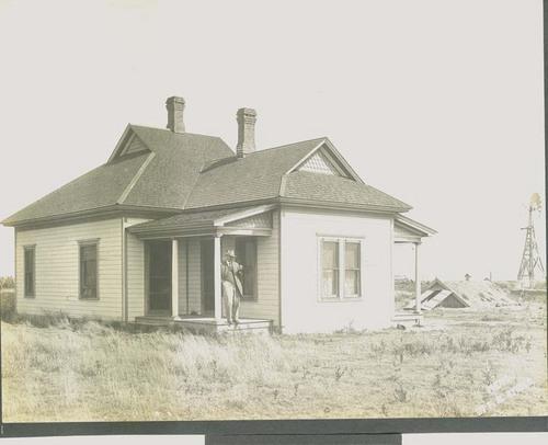 "F. E. ""Gene"" Murphy ranch house east of Santa Fe, Kansas - Page"