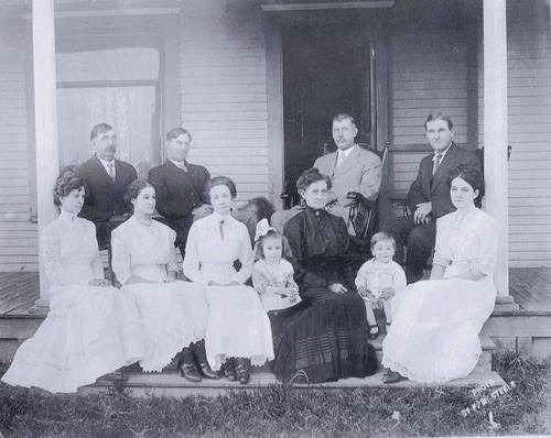 Members of the McCoy, Murphy, and Elliott families, Haskell County, Kansas - Page
