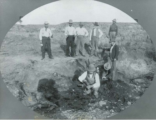 Early oil well in Seward County, Kansas - Page