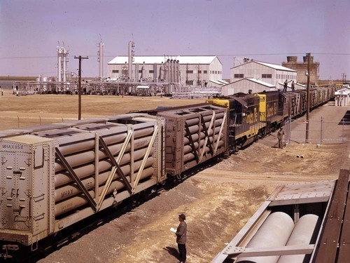 Switching cars at helium plant - Page
