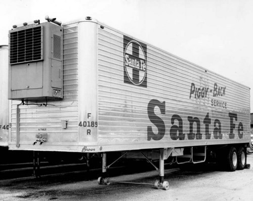 Atchison, Topeka, & Santa Fe Railway Company's piggy-back trailer - Page