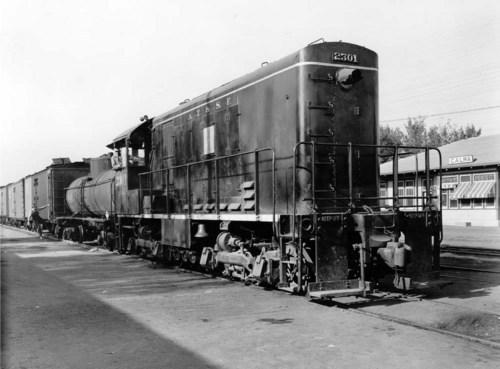 Atchison, Topeka, & Santa Fe Railway Company's switch engine #2301, Calwa, CA. - Page