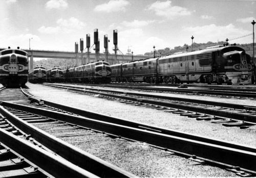 Atchison, Topeka, and Santa Fe EMD F units at fueling racks in Argentine, Kansas. - Page