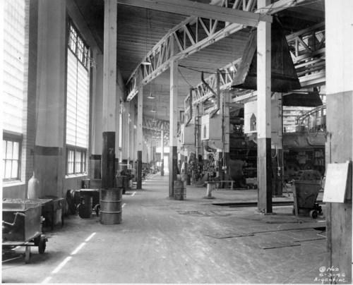 Atchison, Topeka & Santa Fe Railway Company's round house, Argentine, Kanas - Page