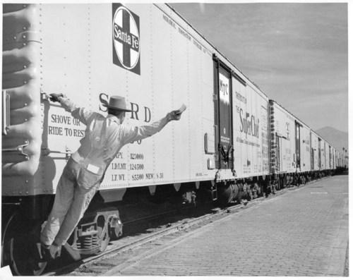 Atchison, Topeka, & Santa Fe Railway Company refrigerator car - Page