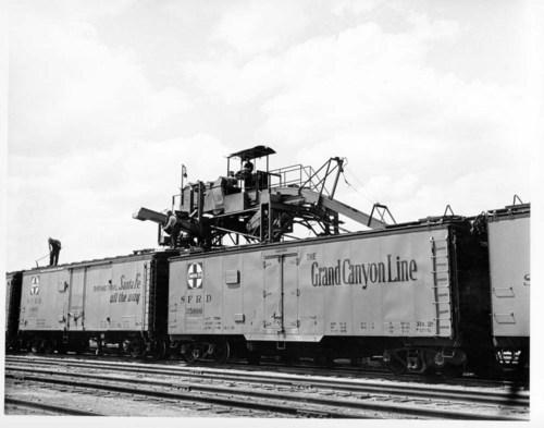 Atchison, Topeka, & Santa Fe Railway Company's icing machine, Argentine, Kansas - Page