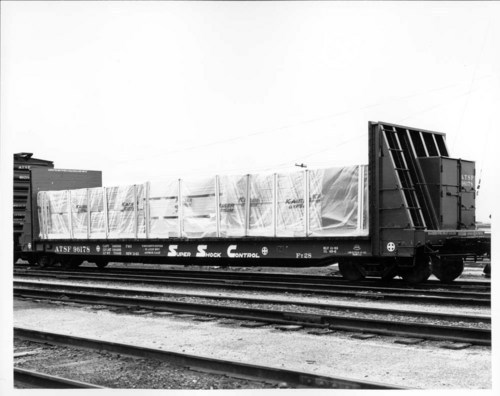 Wallboard flat car loaded with Kaiser Gypsum - Page