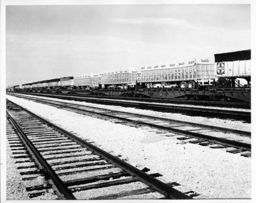 Atchison, Topeka & Santa Fe Railway Company's piggyback equipment - Page